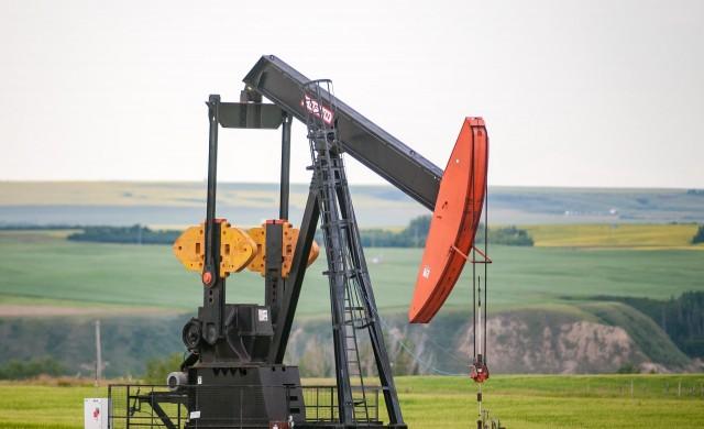 Путин: Напълно възможно е да видим цена от 100 долара за барел петрол