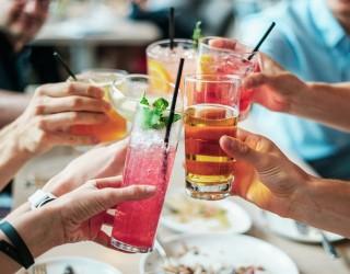 Кралица Елизабет II отказа алкохола