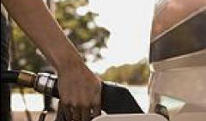 Петрол АД: Новите акцизи вдигат цената на бензина с 6 ст. от Нова година