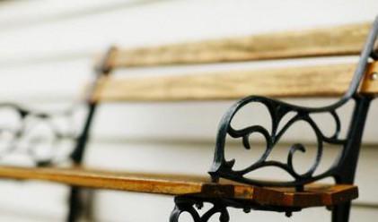 В Пазарджик градят най-дългата пейка за