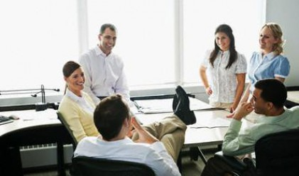 10 неща, които никога не трябва да казвате на колегите си