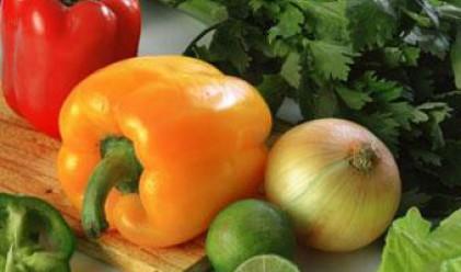 Доматите, краставиците и чушките поскъпват