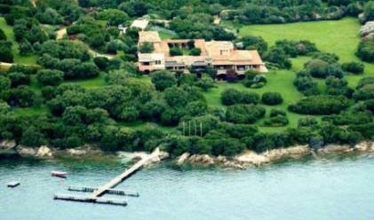 Берлускони продава луксозната си вила в Сардиния