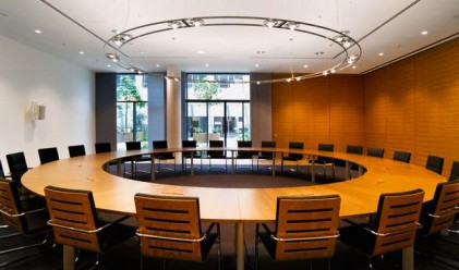 Roundtable Discusses Measures for Labour Market Enrichment