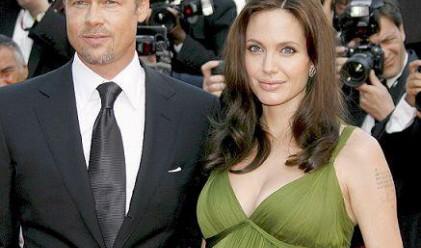 Джоли и Пит дали 6.8 млн. долара за благотворителност
