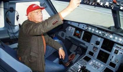 Ники Лауда ще пилотира полет на авиокомпания си