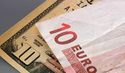 Еврото с ново 6-седмично дъно спрямо долара