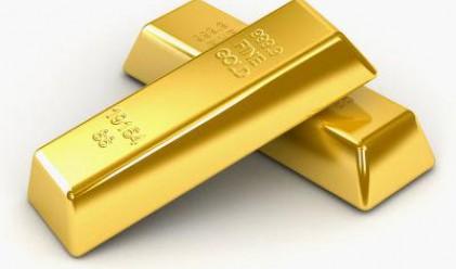 Златото остава във високи нива на търговия