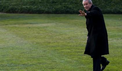 Буш продаде 1.1 млн. екземпляра от мемоарите си