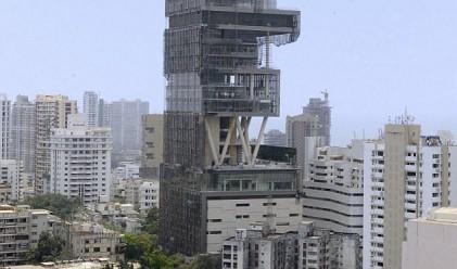 Милиардер се нанася в Тадж Махал на 21 век