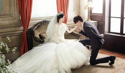 Китаец се ожени за секс кукла (снимки)