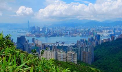 Как хонконгски магнат обяви раздялата с приятелката си?