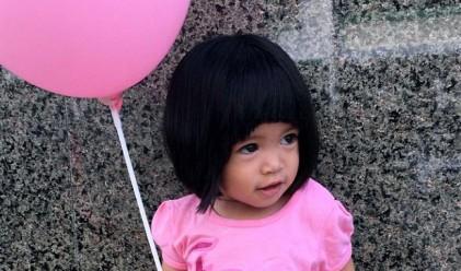 Това е бебето с най-гъста коса в света