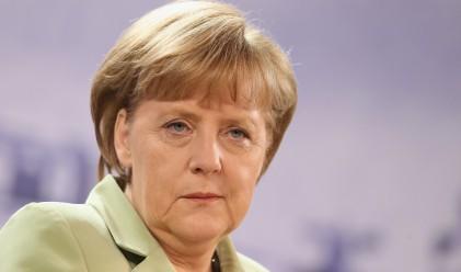 """Меркел няма план """"Б"""" за отношенията с Турция"""