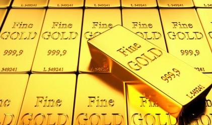 Златото се насочва към най-слабия си месец от 41 месеца