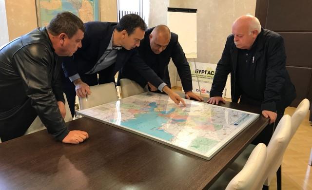 Премиерът свика кризисния щаб в Бургас заради пострадалите райони