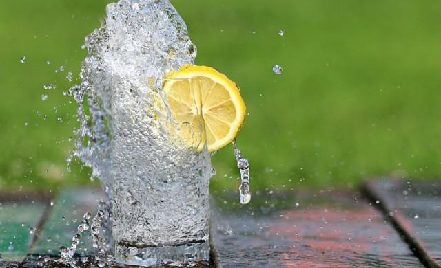 Безплатна газирана вода потича от чешми в Париж
