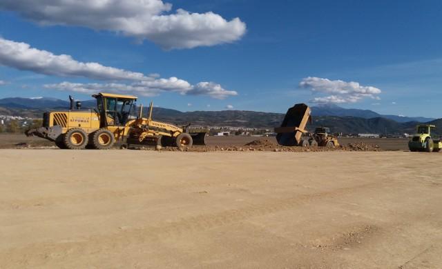 150 души и 120 машини изграждат лот 3.1 на магистрала
