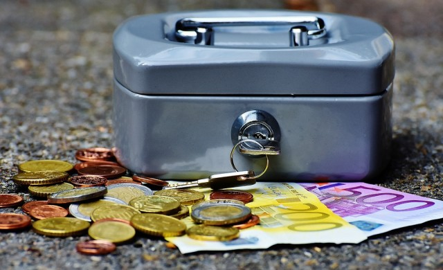 Българинът остана без един от основните си доходи
