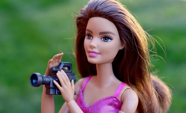 Mattel пуска на пазара кукла Барби с хиджаб