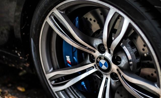 BMW се отказва от въглищата. Гони 100% зелена енергия