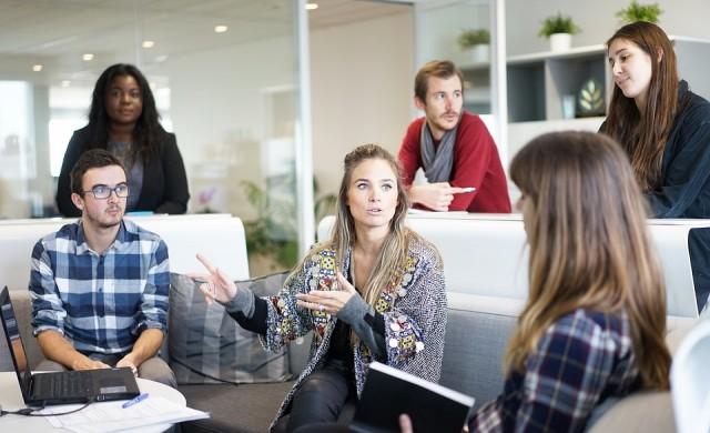 8 неща, които умните хора не разкриват за себе си на работа
