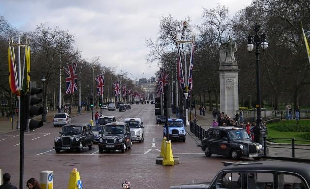 Колко ще струва брекзит на британската автомобилна индустрия?
