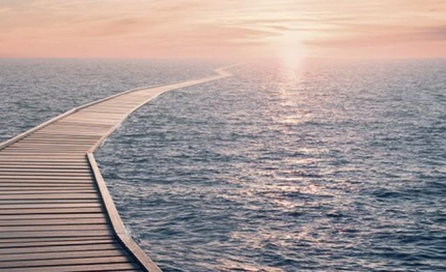 Нов футуристичен круизен кораб ви позволява да ходите по вода