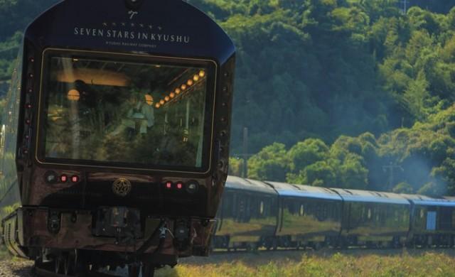 В най-луксозния влак в света