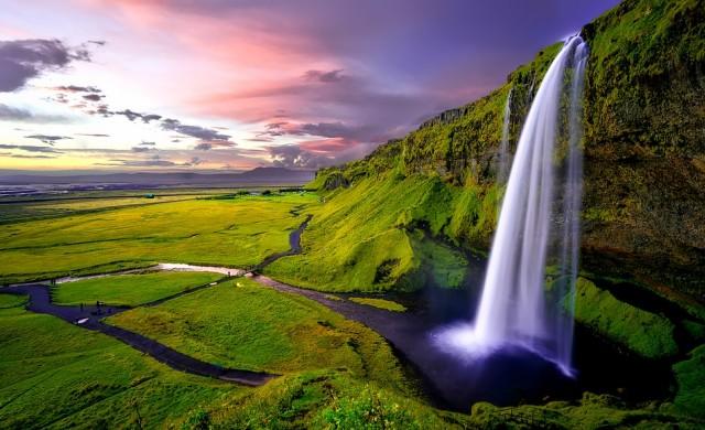 Исландия - ледената земя, която внася лед