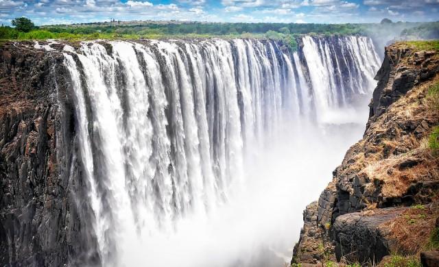 Най-големият водопад в света е на път да пресъхне (снимки)