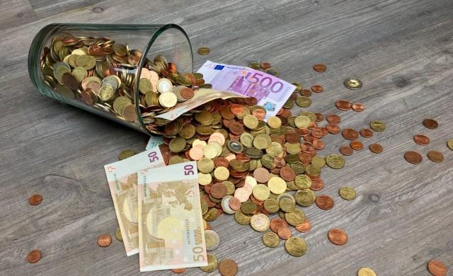 Големите държави в ЕС искат общ надзор против пране на пари