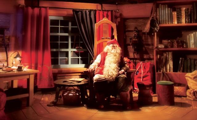Дядо Коледа си търси елфи