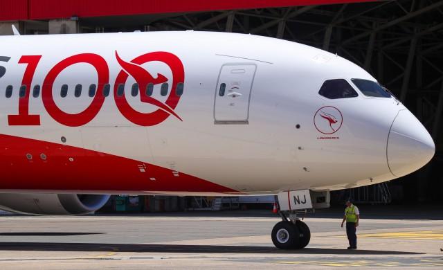 Австралийската авиокомпания Qantas изпълни полет с двоен изгрев