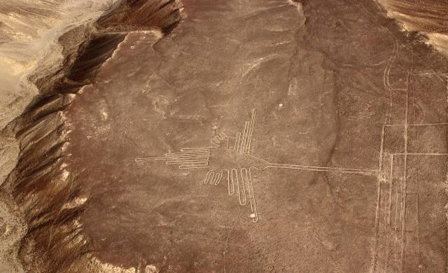 Изкуствен интелект откри 143 нови гигантски древни рисунки в Перу