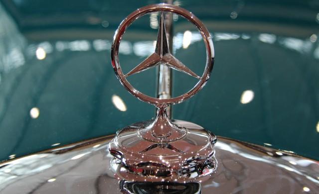 И Daimler започва да съкращава служители