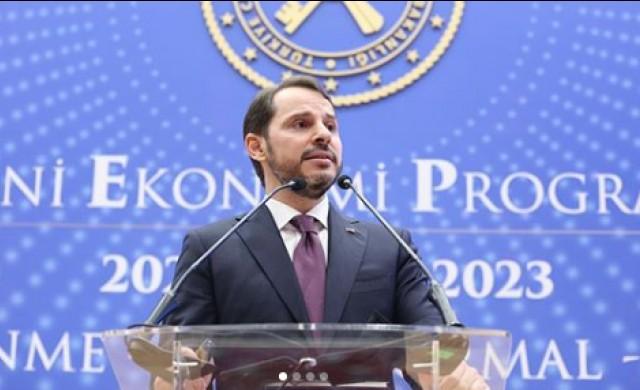 Турският финансов министър, който е и зет на Ердоган, подаде оставка