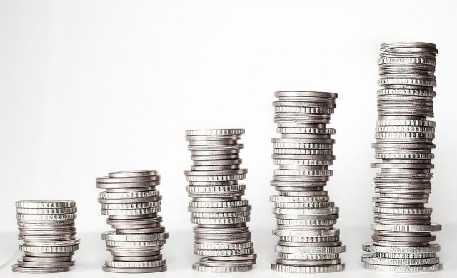 Колко депозити и кредити има у нас за суми над 100 000 лв?
