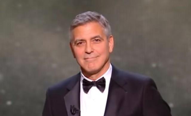 Джордж Клуни раздал на 14 свои приятели по 1 млн. долара в брой