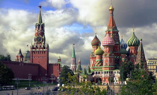 Бодигард на Путин се застреля в Кремъл