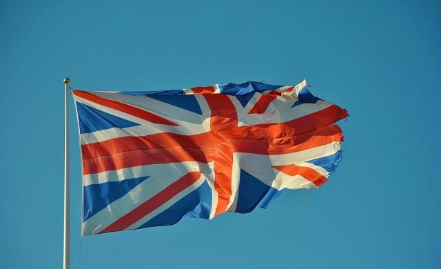 30% спад в броя на новозаразените в Англия след 4-седмичен локдаун
