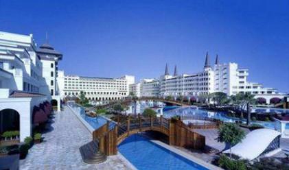 Спряха тока на турски хотел за 1.4 млрд. долара