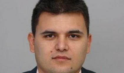 Л. Богданов: Това, което се прави с пенсионната система, не е избързване