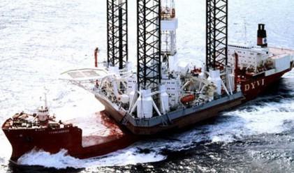 Българин в неизвестност след катастрофа на нефтена платформа