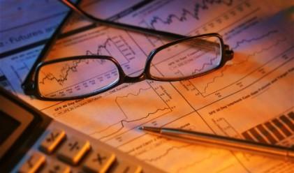 БенчМарк: Три сценария за 2012 г.