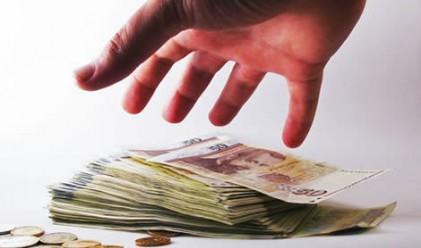 Испания пласира успешно повече от планирания дълг