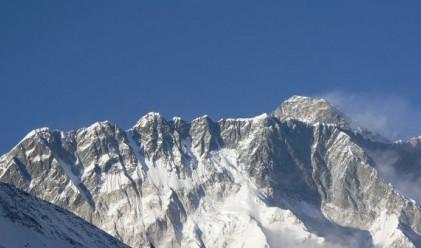 15-годишен изкачи най-високите върхове на седемте континента