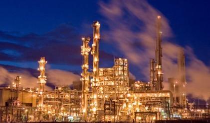 В Саудитска Арабия вдигнаха цената на бензина до 43 ст./литър