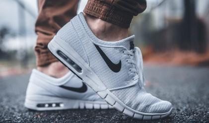 Nike пусна маратонки, които се завръзват сами