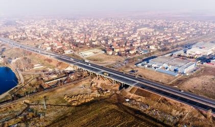 След 24 години: надлезът при Казичене е завършен (снимки)